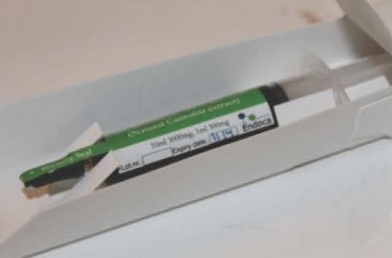 Billede af det ulovlige produkt: ENDOCA CBD oil (30% CBD) 5 ml